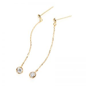 """Artemis"" Double Bezel Setting Swing Daimond Pierced Earring"