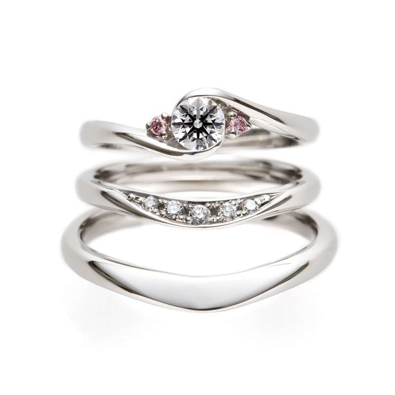 BRIDGE薔薇のアーチとライオンの橋 エンゲージマリッジ重ねつけ 銀座で人気のピンクダイヤモンド