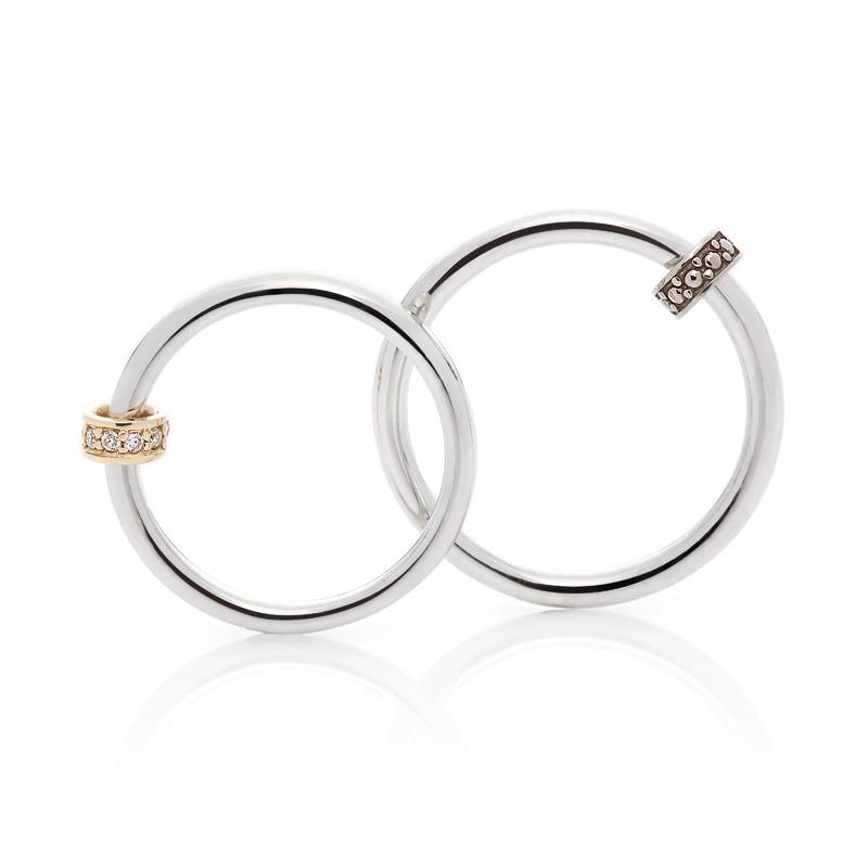 人と違う結婚指輪上を向いて歩こうダイヤモンドプロポーズマリッジリングプラチナおしゃれ個性的