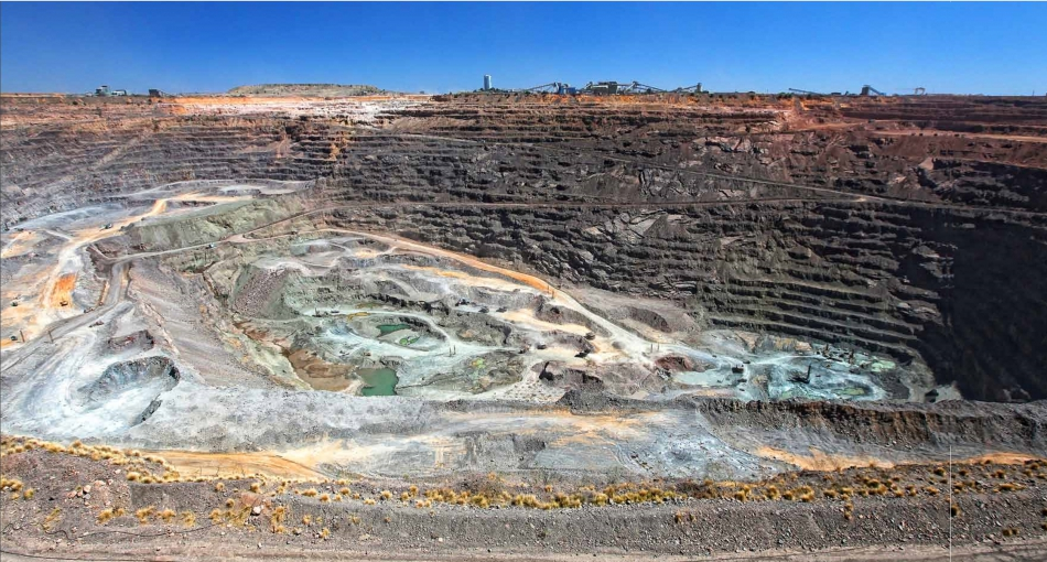 Botswanaジュワネング鉱山 デブスワナ ボツワナ デビアス Debeers BRIDGE銀座 AntwerpBrilliantGALLERY