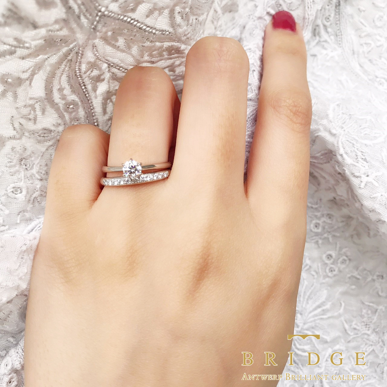 シンプル ダイヤモンド 重ね付け ソリティア 大人 王道