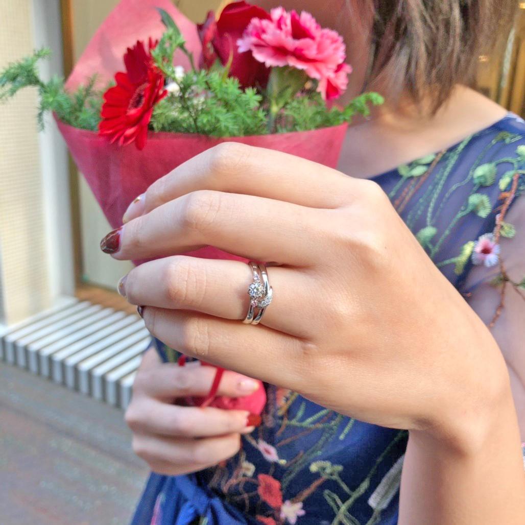 東京 銀座 サプライズ プロポーズ ピンクダイヤモンド 花モチーフ 可愛い 指輪