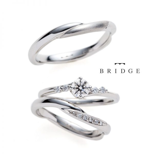 華やかなサイドダイヤモンドメレがかわいいディープアフェクションはセットリングにもぴったりで個性的なので人と被らない