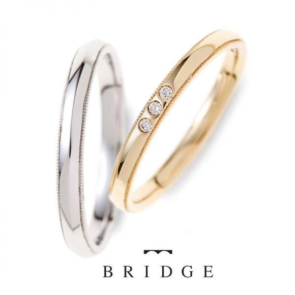 シンプルで華奢な王道スタイル結婚指輪のアンティークミルグレイン仕上げ職人の細かな手仕上
