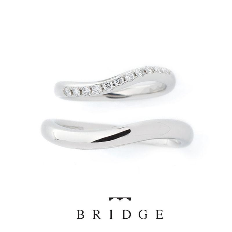 東京 銀座 サプライズ プロポーズ 花モチーフ 好み 指輪 ダイヤモンドライン 重ね付け