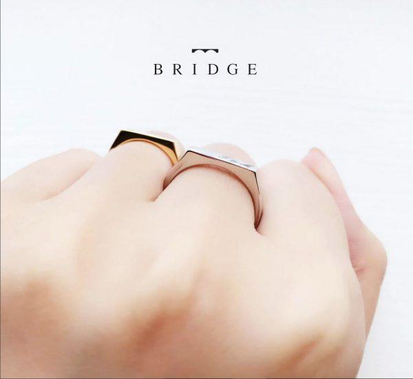 シグネットリング誓いの印台はオリジナリティー高い個性的で人と被らない自分だけの結婚指輪ブリッジ銀座で人気のマリッジ