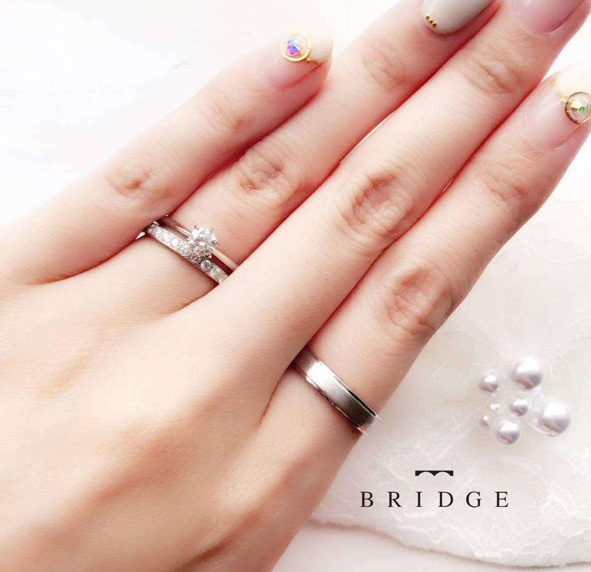 東京 銀座 サプライズ プロポーズ シンプル 彼女 好み 指輪 重ね付け