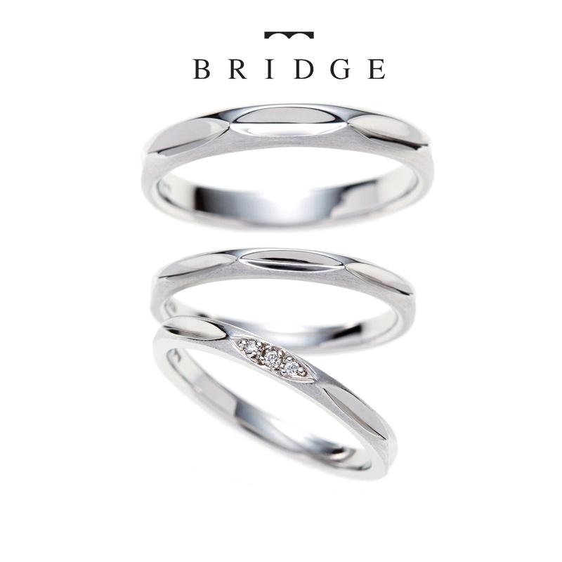 あなたがいて私がいる。二人の思いを乗せたシンプルでかわいい、メレダイヤモンドが可愛いマリッジリングをお探しの方はコチラ!