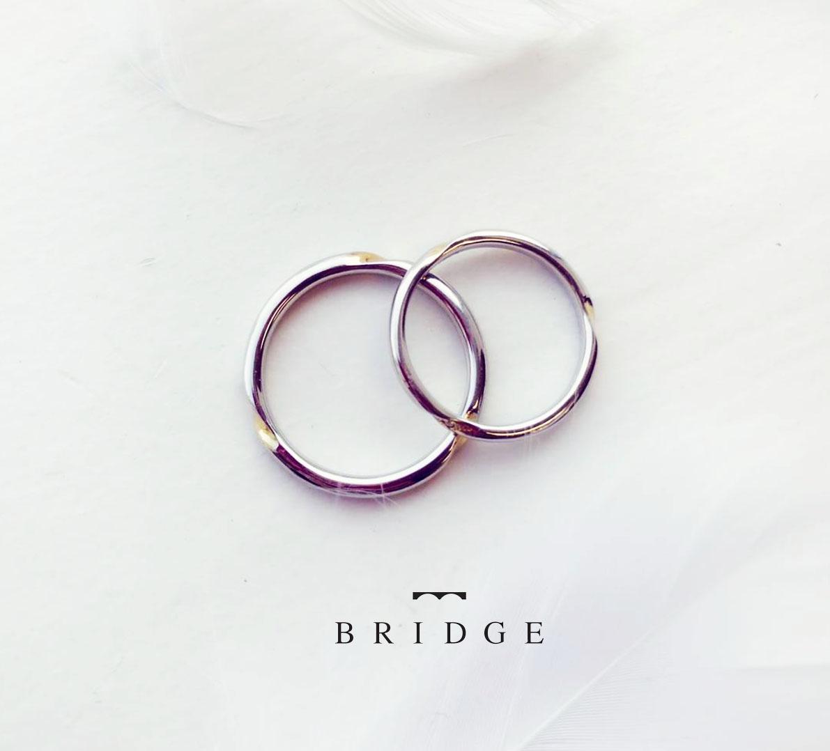 プラチナとゴールドのコンビがカッコイイ結婚指輪