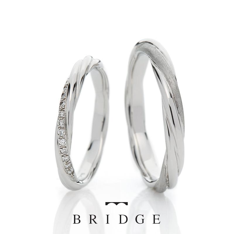 ダイヤモンドバーマットがカッコイイ結婚指輪
