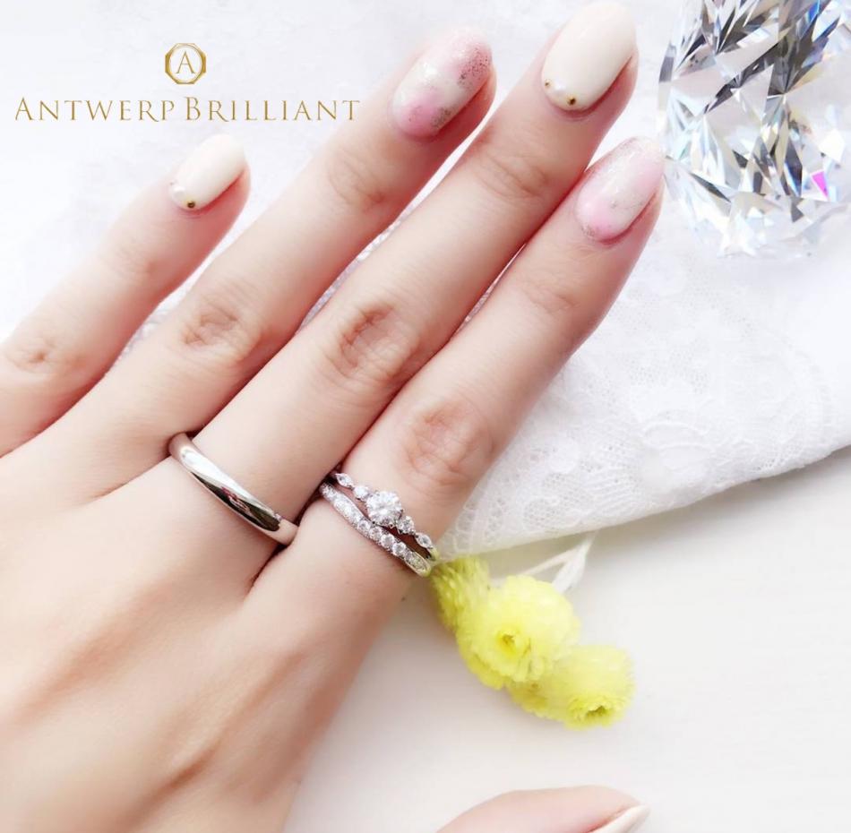 BRIDGE銀座で見つける華やかでダイヤモンドラインが美しい婚約指輪と結婚指輪