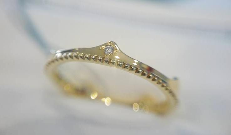 クラウンアンドティアラBRIDGE結婚指輪ミルグレイン