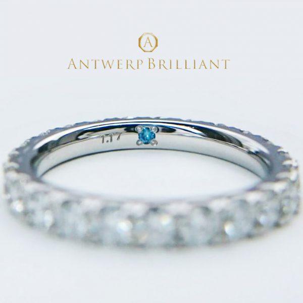 インサイドセッティングはシークレットストーンのブルーダイヤモンドが人気
