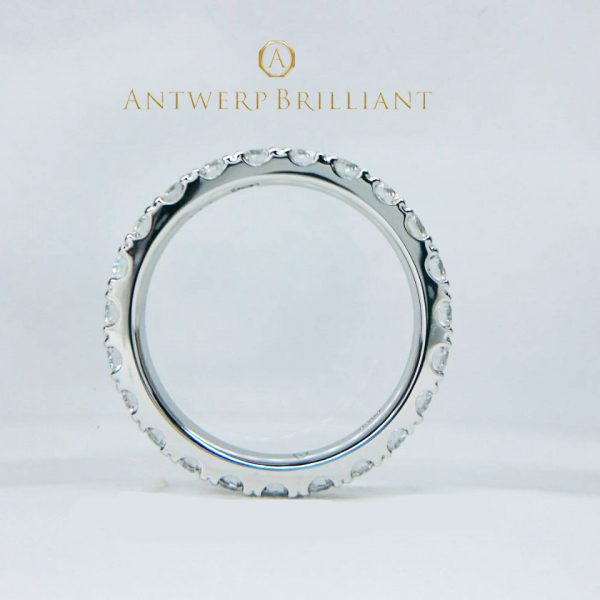 ダイヤモンド全周でどこから見てもきれいフルエタニティFull ETERNITY婚約リング