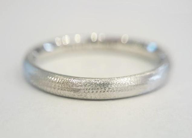 結婚指輪の表面仕上げオリジナルマット仕上げ業界初ダイヤモンドマット