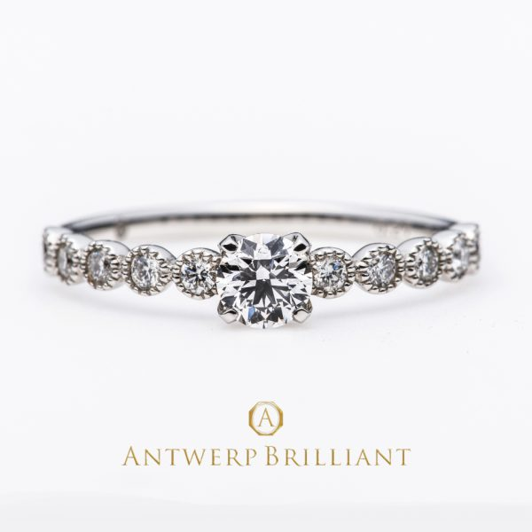 """D-Line Star Classic"" Millgrain Diamond Line Ring"