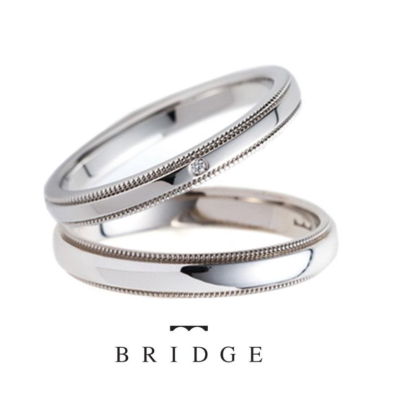 銀座結婚指輪専門店ブリッジではミルグレインのアンティーク調のデザインが人気の千の彩はプラチナシンプルにさり気ないアレンジがお好きな女性、男性に人気