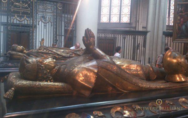 世界初の婚約指輪を貰った女性マリー姫はブルージュに眠るブリッジ銀座アントワープブリリアントギャラリー