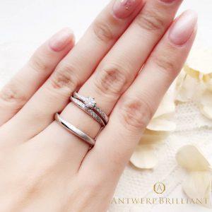 ギャラクシーはアントワープブリリアントの人気結婚指輪で東京ではブリッジ銀座だけのオンリーワン立体的なダイヤモンドウエーブラインの婚約結婚リングのセット重ねつけがマジかわいい