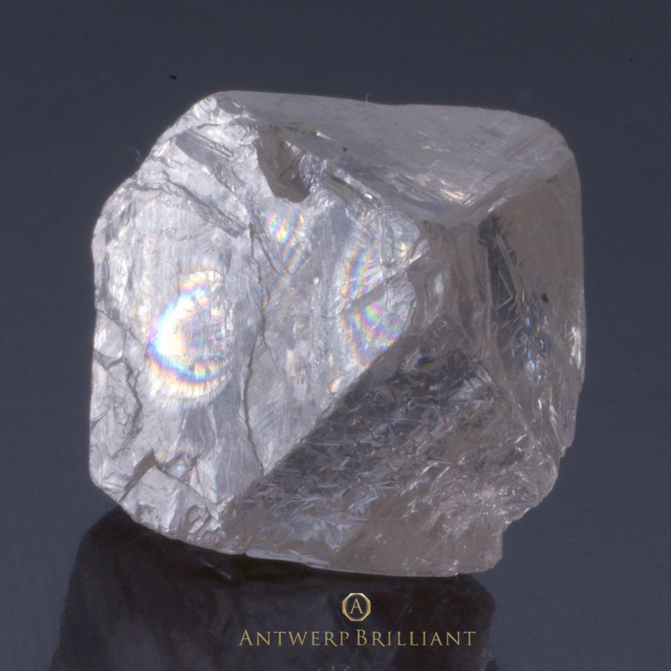 ソーヤブル原石ダイヤモンドのラフBRIDGEブリッジ銀座アントワープブリリアント婚約リングプロポーズの宝石ありのまま光の干渉