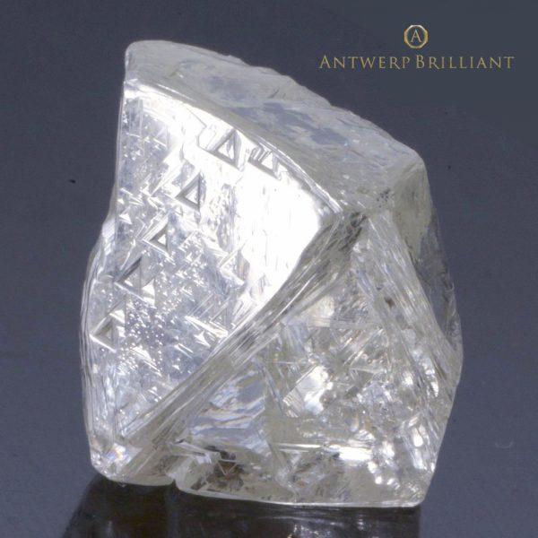 銀座プロポーズの指輪ダイヤモンドはブリッジへボツワナ産原石を厳選しています