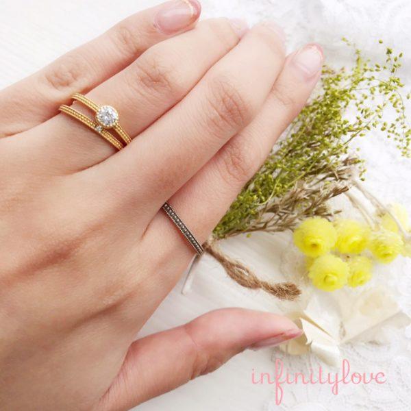 ミルグレイン加工のアンティークな婚約指輪と結婚指輪