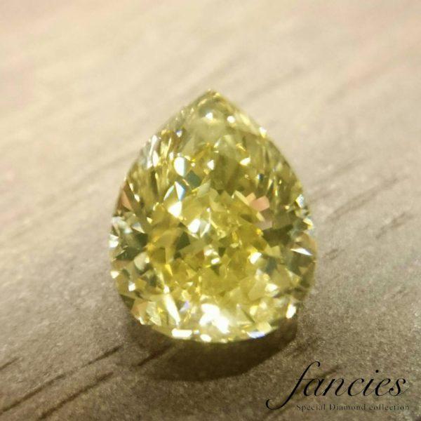 幸せのしずくブリッジ銀座ではファンシーカラーダイヤモンドを多数取り扱い世界に一つだけの特別なジュエリーに作れます婚約指輪のセンターストーンにも最適