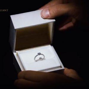 決意のサプライズプロポーズはダイヤモンドで3EXHCを贈ろうBRIDGE銀座