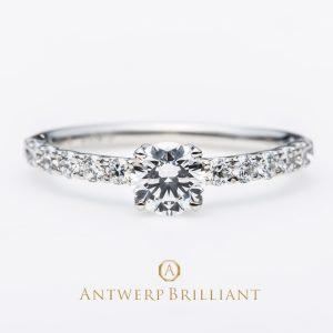 女性の憧れエタニティリングデザインのAntwerpBrilliantのD line Star は全てアフリカ産のハート&キューピッドのダイヤモンドを使用した特別な婚約指輪