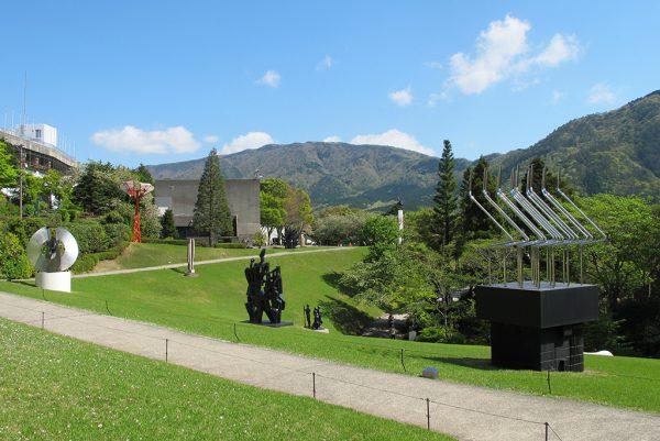 銀座のサプライズプロポーズ 箱根 彫刻の森美術館 神奈川県