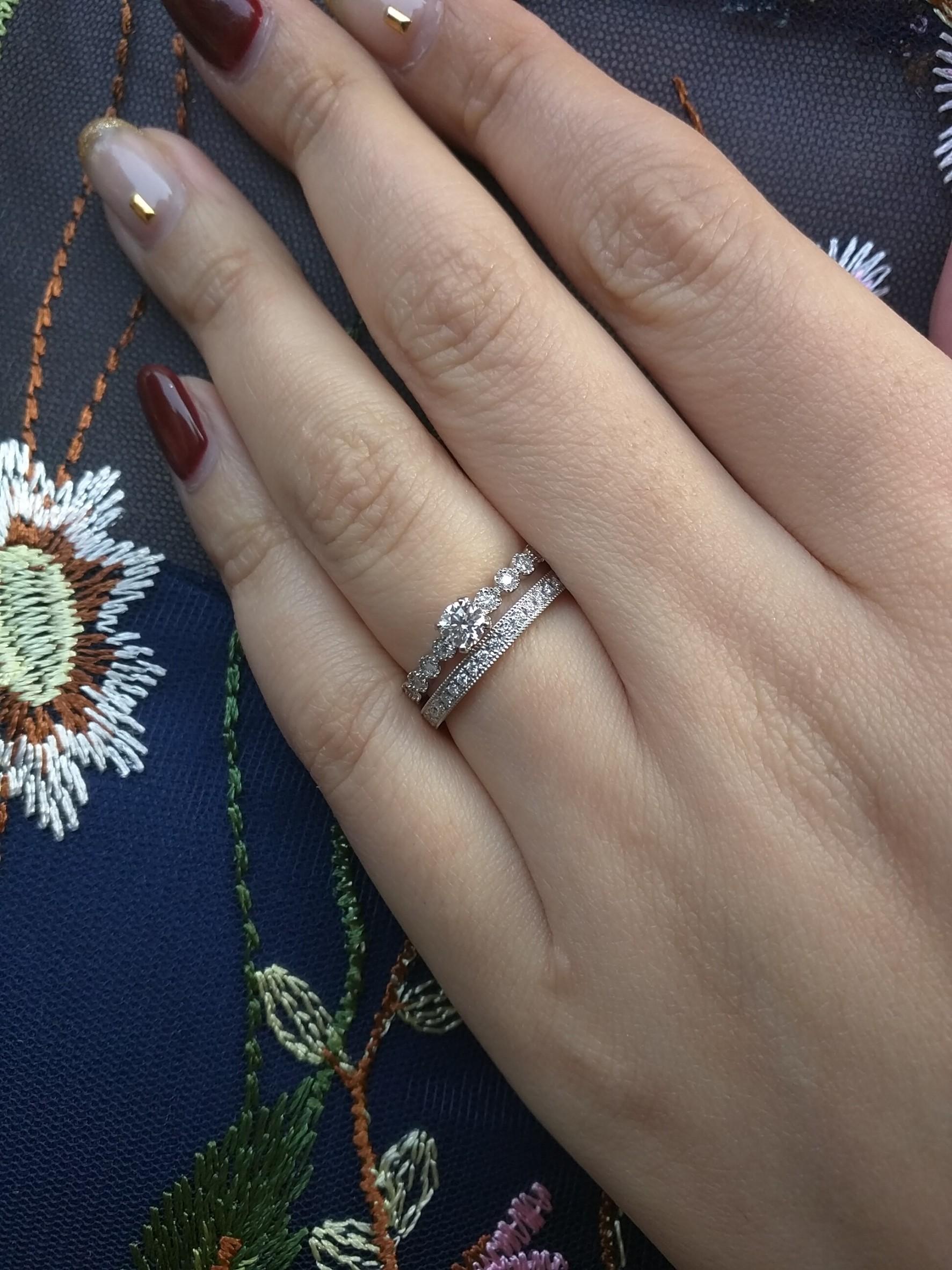 銀座BRIDGEで見つけるアンティーク調ミルグレインの可愛い婚約指輪、結婚指輪