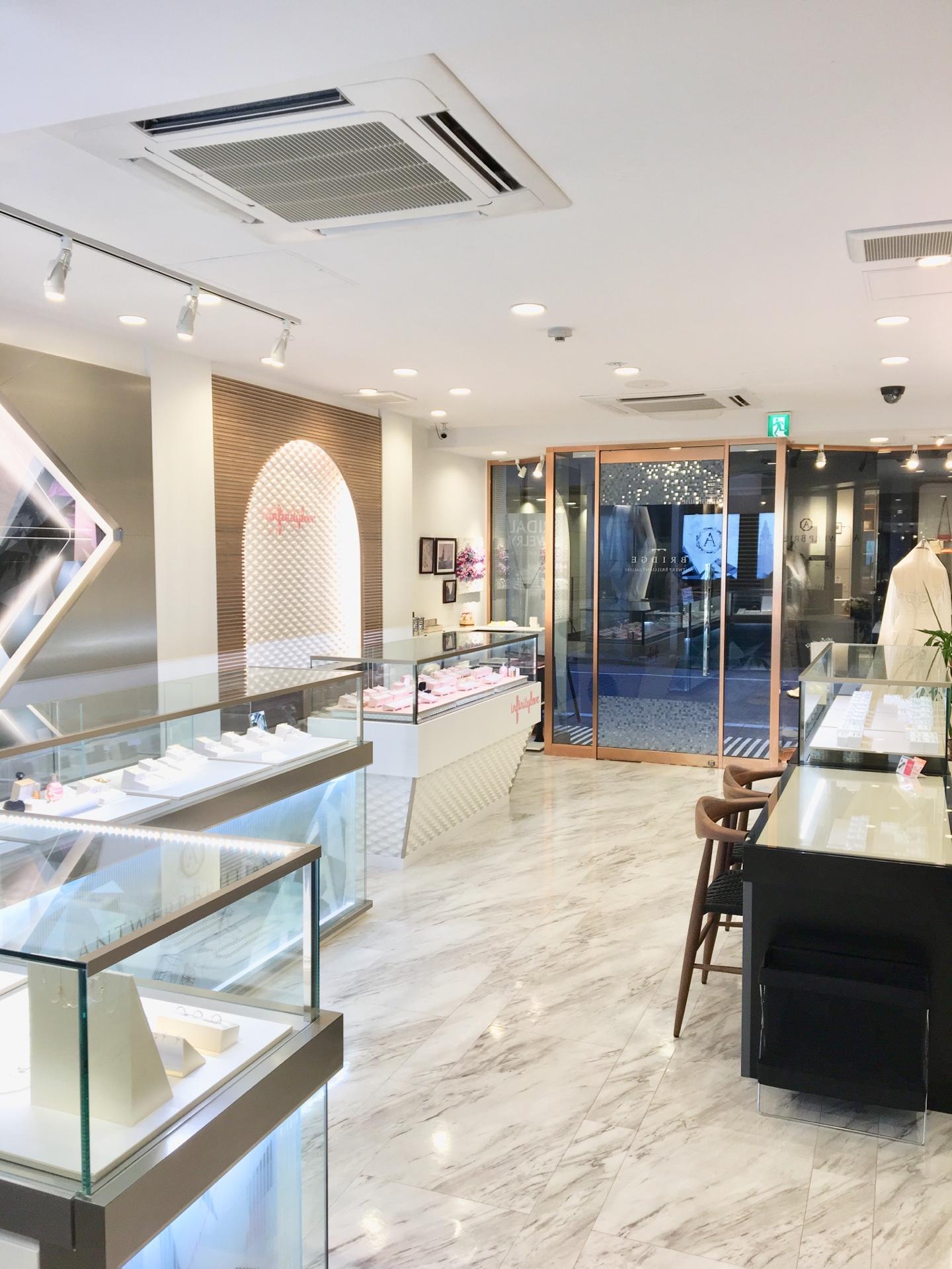 銀座で人気のプロポーズリングや婚約指輪などのブライダルリングの専門店