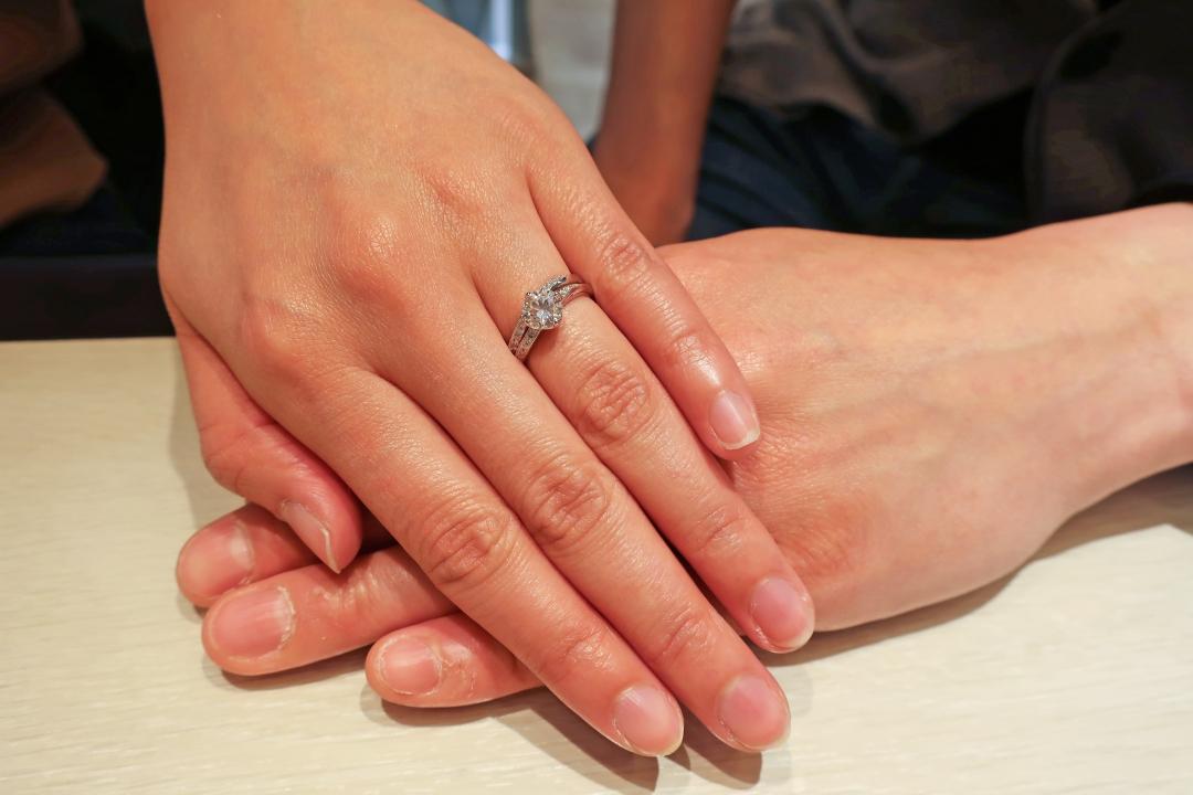 とっても素敵な指輪で大満足です!