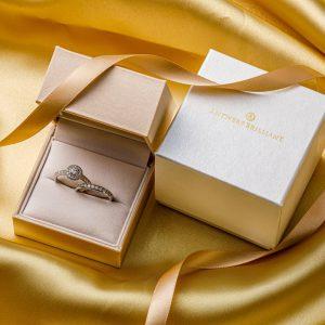 ダイヤモンドを保管するときは専用BOXに入れる