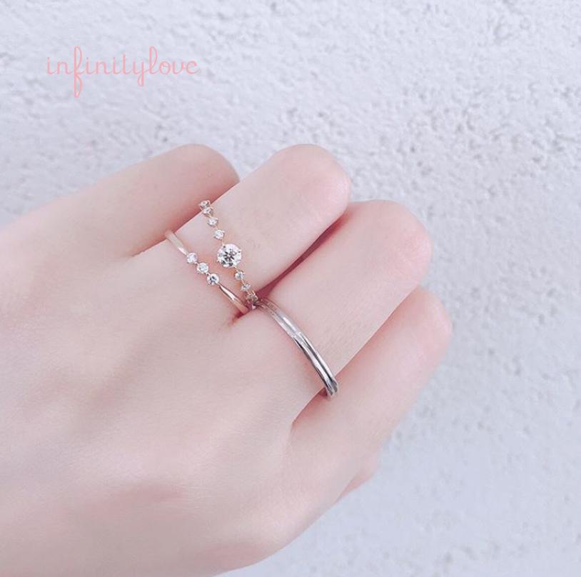 華奢なデザインのゴールド婚約指輪ワーム爪留めが可愛い