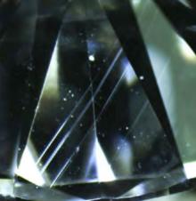 グレインはダイヤんモンドの成長線で加工の際に無視できない