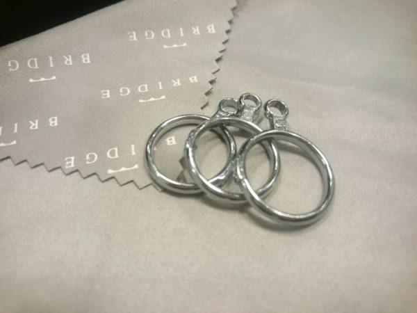 ぴったりのサイズで婚約指輪や結婚指輪をおつくりします。