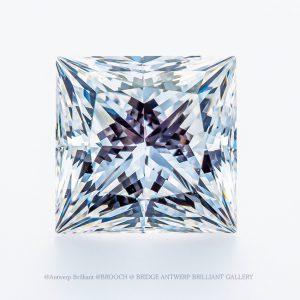 世界一美しいプリンセスカットダイヤモンドはブリッジ銀座店