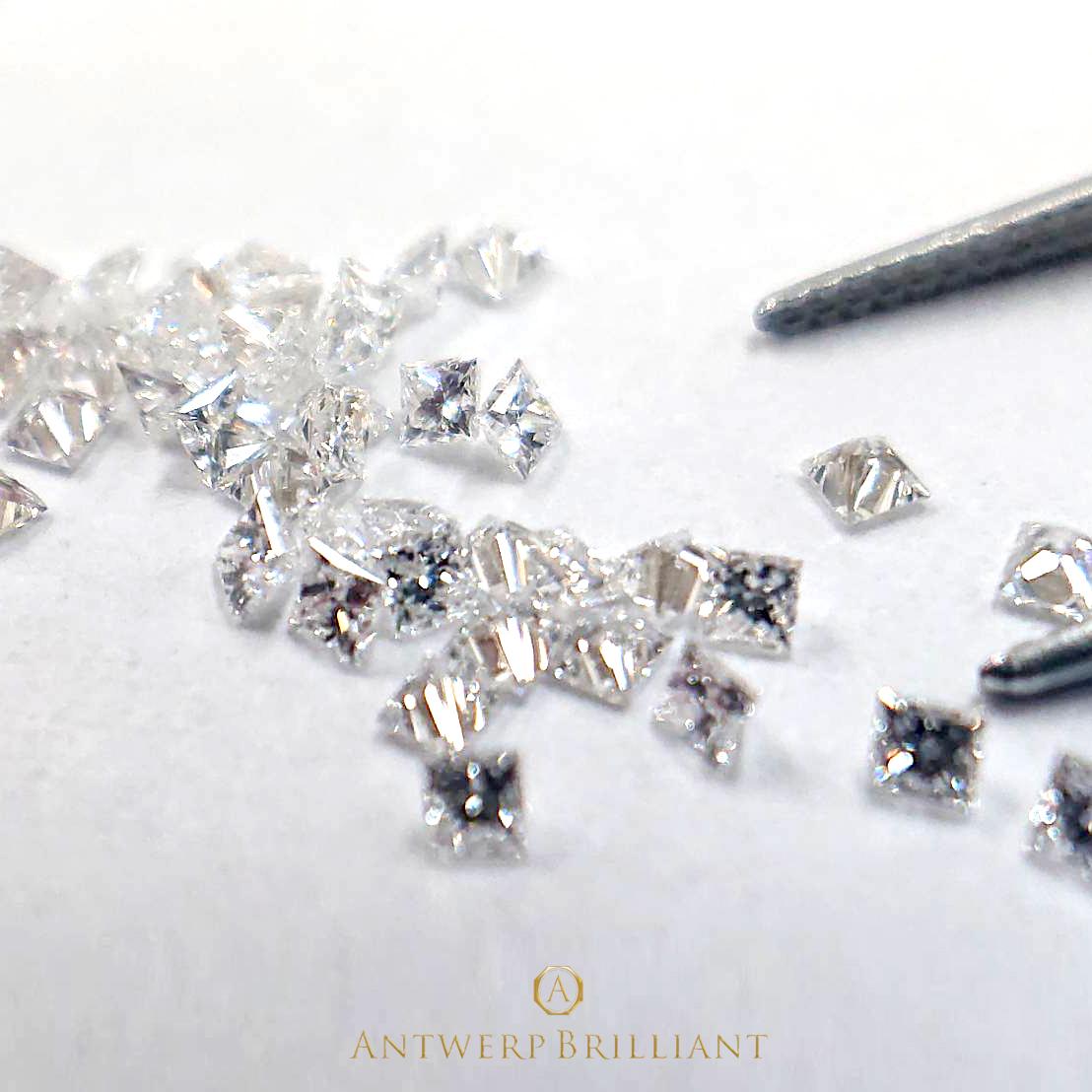 プリンセスカットのダイヤモンド THE PRINCES 特別なエンゲージリングをお考えの方に人気です