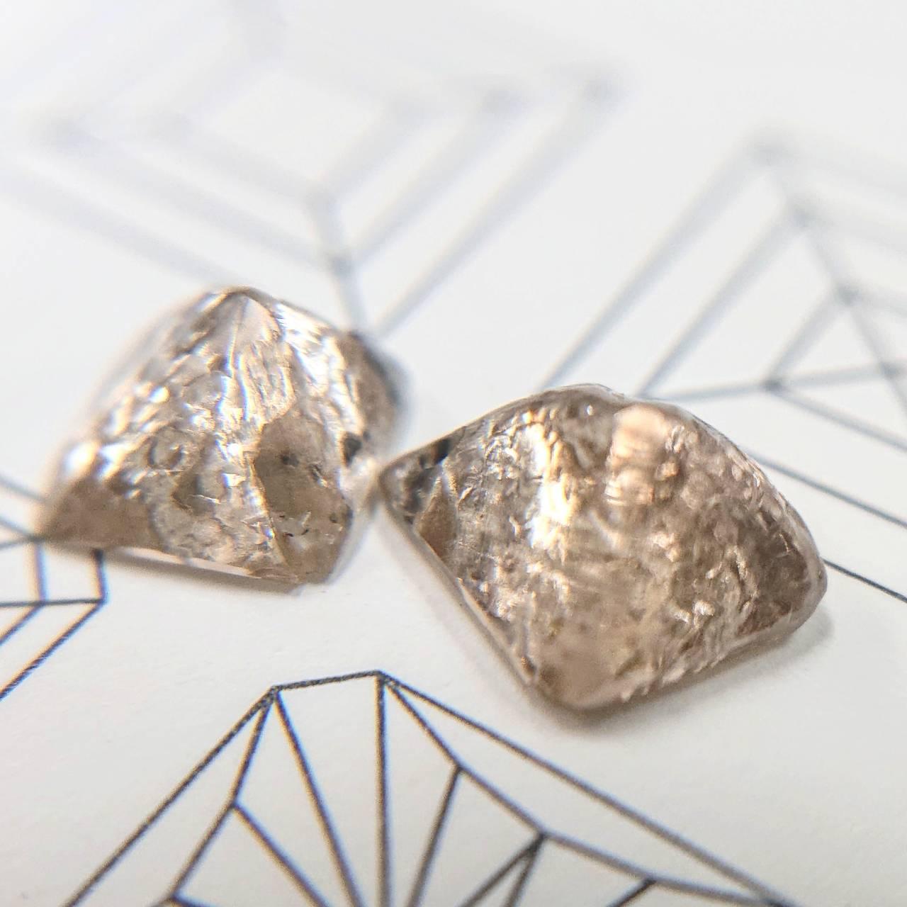 ダイヤモンド双子カット