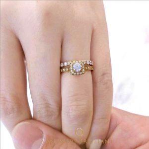 AntwerpBrilliantインスタグラムで人気 ブルージュセット 婚約リング、エンゲージネックレス 銀座の宝石店
