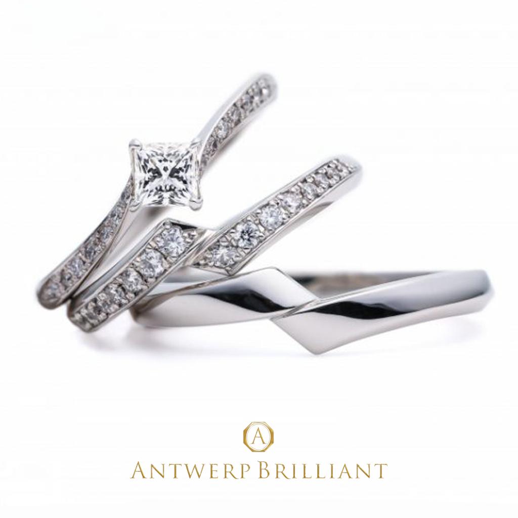 美しいプリンセスカットダイヤモンドのエンゲージリングに、ぴったり重なる華やかなダイヤモンドラインのマリッジリング