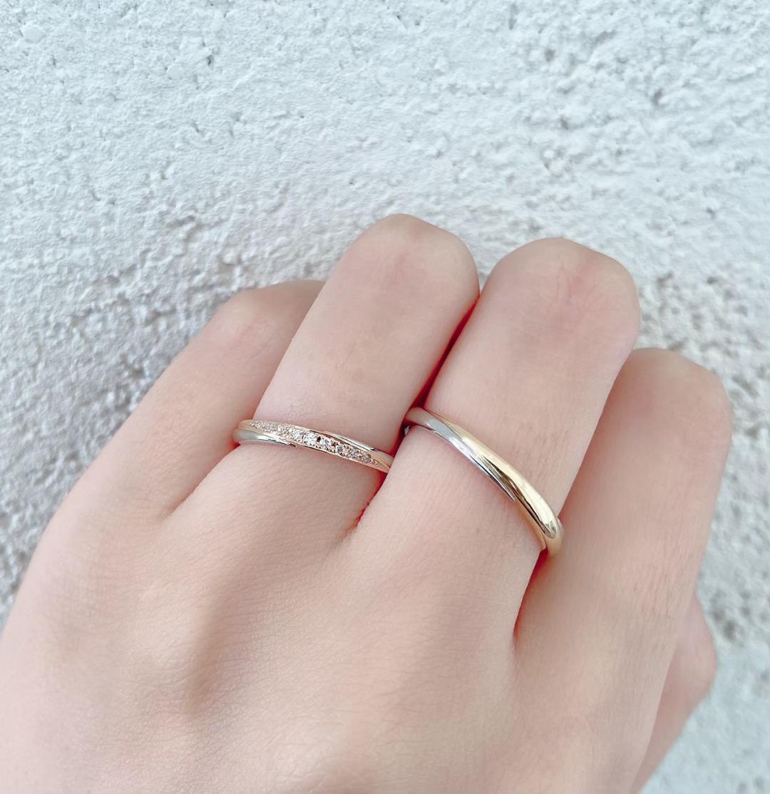コンビネーションが可愛い婚約指輪と結婚指輪