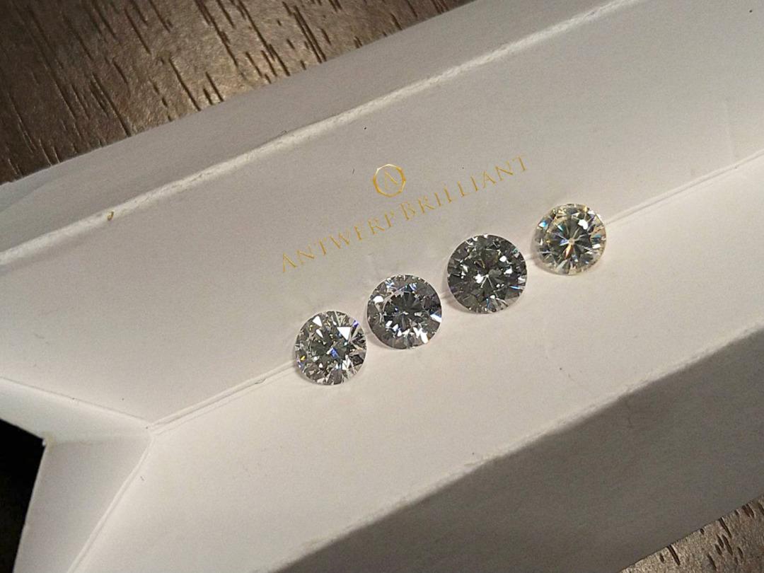 天然石の範疇以外の処理はダイヤモンドにしてはならない