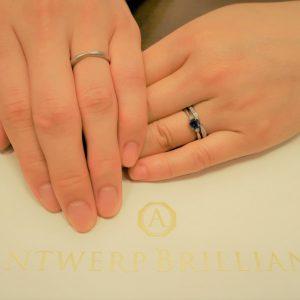 Srius ブルーサファイヤの婚約指輪と似合う特別なデザインです