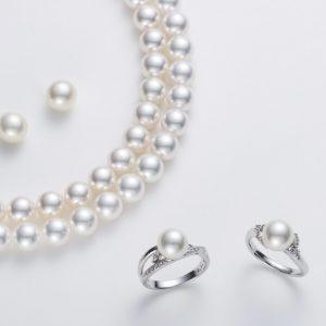 越年物パールは真珠層が厚巻で高品質、ナチュラルや無調色と呼ばれる上質パールはここから