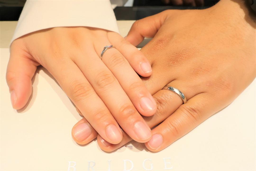 ピンクサファイアアレンジの可愛い結婚指輪をオーダーすることが出来て幸せ♪