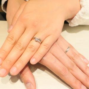 私が選んだ結婚指輪は、着けた時に「これだな!」って直感で思えるデザインでした!